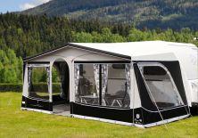 2020 Walker Pioneer 240 All Season Awning