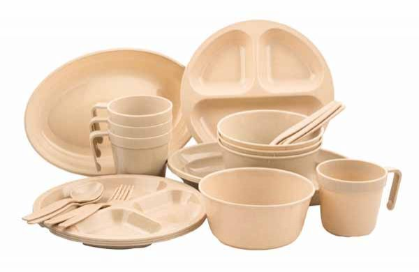Home Plus 24 Piece Plastic Picnic Set